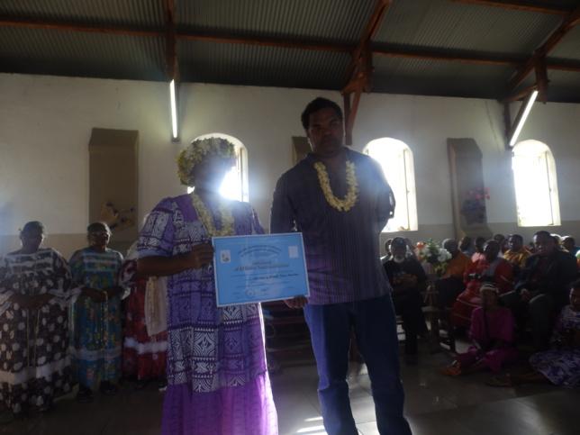 DIHACE Marie Hnaelane et son époux Shonu, exerceront leur ministère dans la région de Nengone.