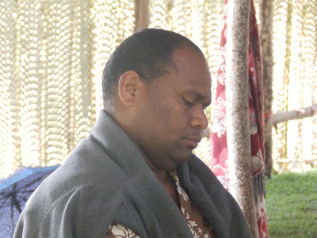 Pasteur BAE Naliwa animateur des mamans de la région Momawe
