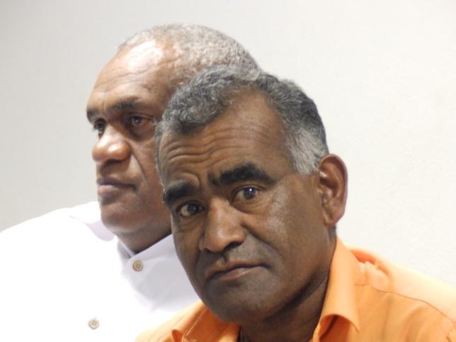 WADROBERT Noël (président de la COMMISSE (Commission Santé, Social et Environnement) et pasteur EURIMINDIA Calvin (Président du Conseil Régional de Momawe).