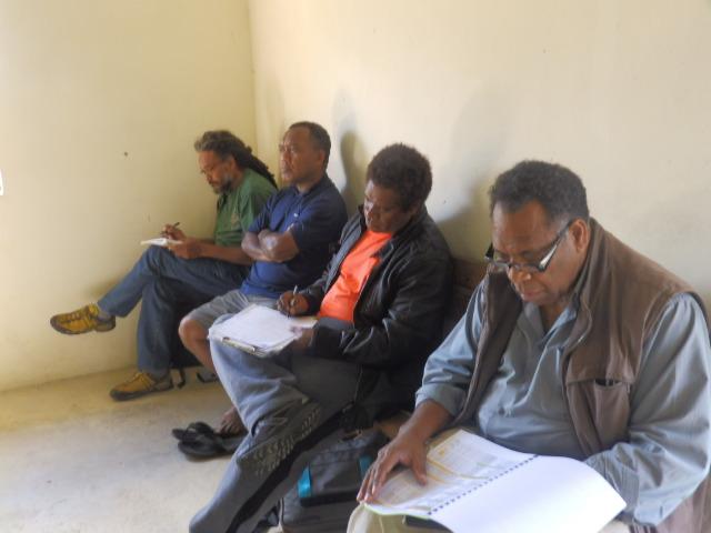 Thijin Ludovic, HMALOCKO Thierry, Pasteur HNAILOLO Josh (Président du Consistoire de Poum), et WAYARIDRI Melemel