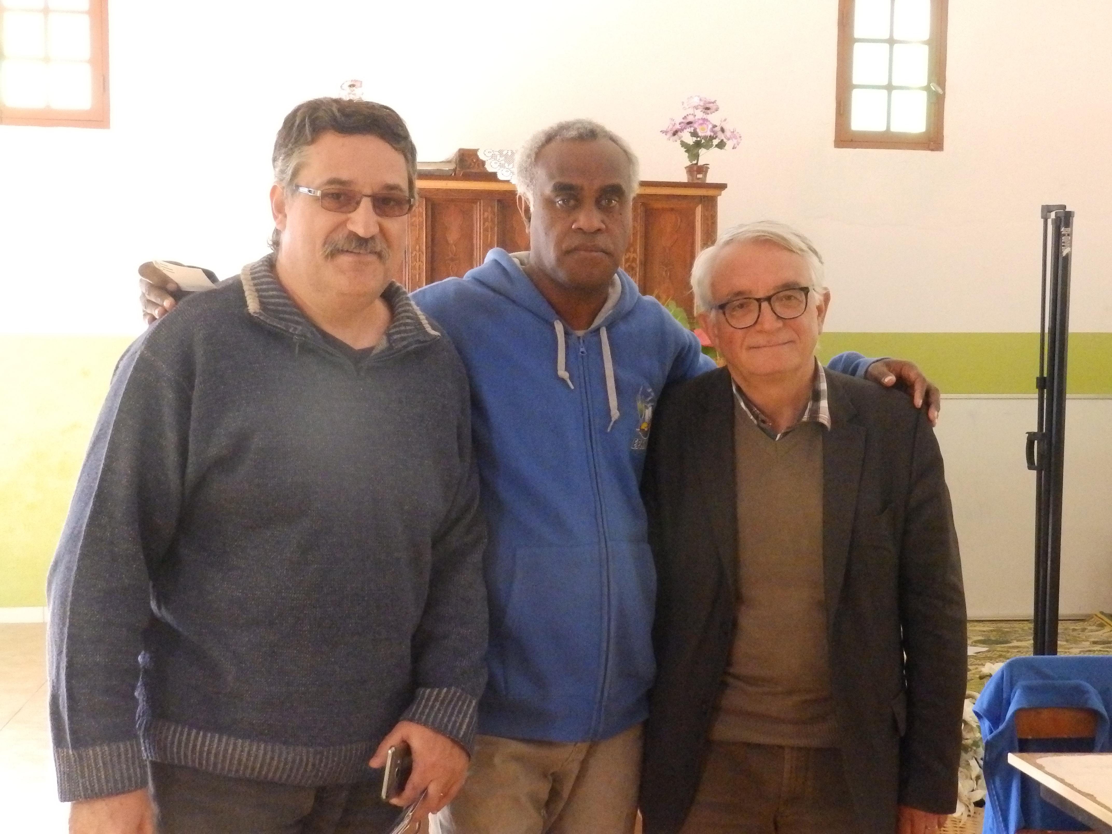 Olivier HOUDARD (Trésorier de Momawe), Pasteur HNAWEONGO Bernard (Modérateur), et Pasteur VERGNIOL Bertrand (Secrétaire Général du DEFAP)