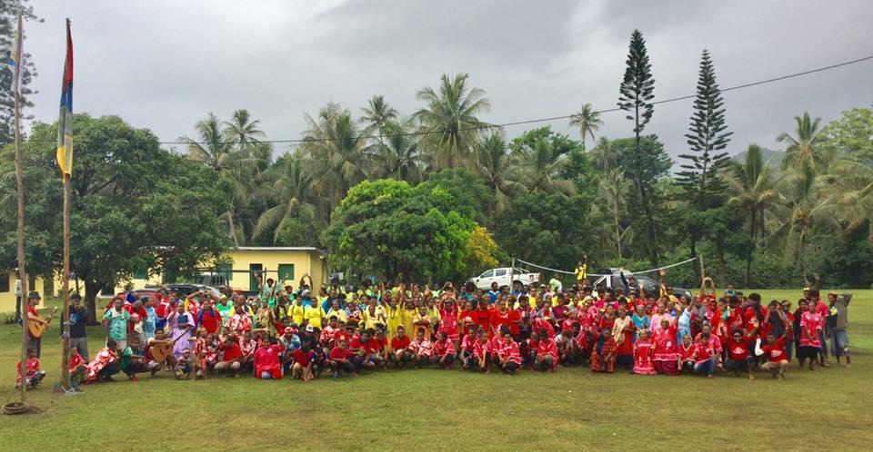 Photos de famille : La jeunesse de l'EPKNC en Assemblée Générale dans la paroisse de OUINDO - Poindimié  - Consistoire de PPT.
