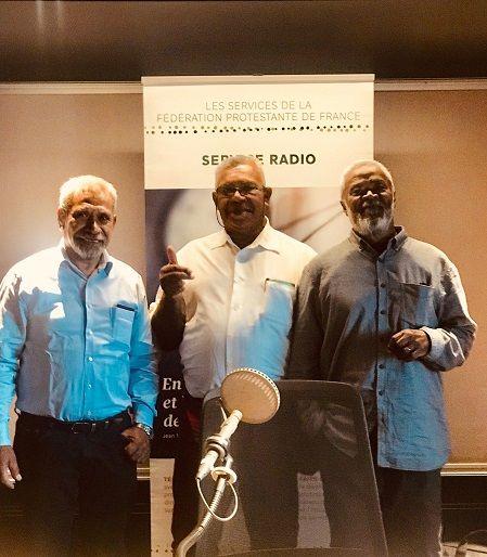 Les 3 présidents : Pasteur DEA Yvon, président des Assemblées de Dieu en Nouvelle-Calédonie, Pasteur BEINON André, président de l'Eglise Evangélique Libre en Nouvelle-Calédonie, pasteur KAEMO Höcë, président de l'Eglise Protestante de Kanaky Nouvelle-Calédonie (EPKNC)