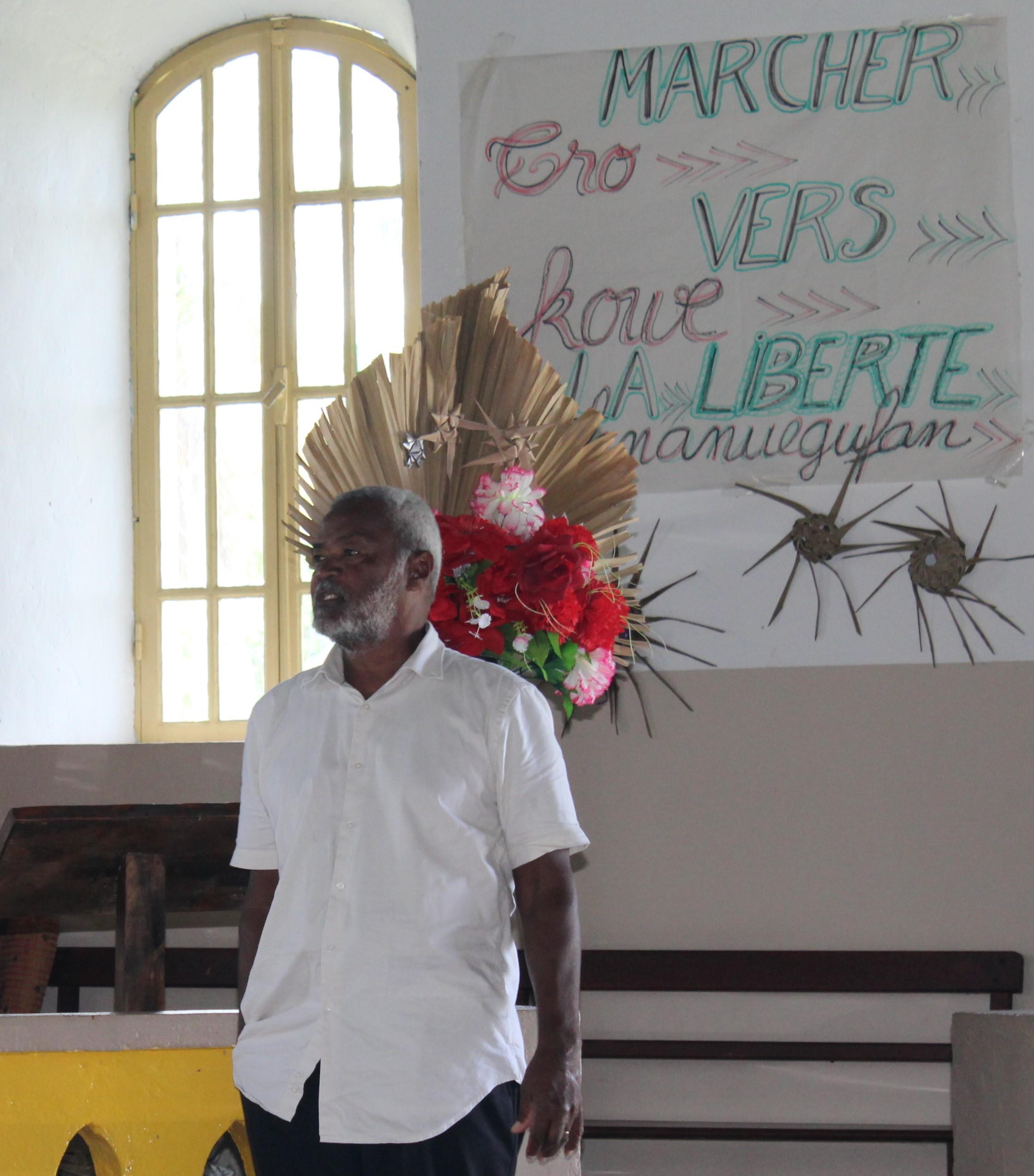 Pasteur KAEMO Var porte la parole d'accueil au nom de la directrice et de la communauté